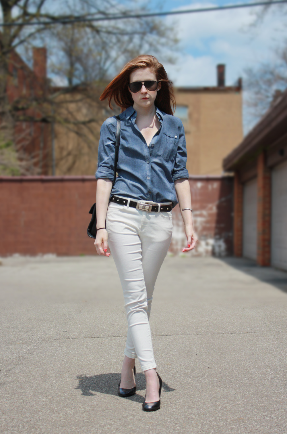 Hunt & Harvest 5.4.14 White Pants Olivia Crandall