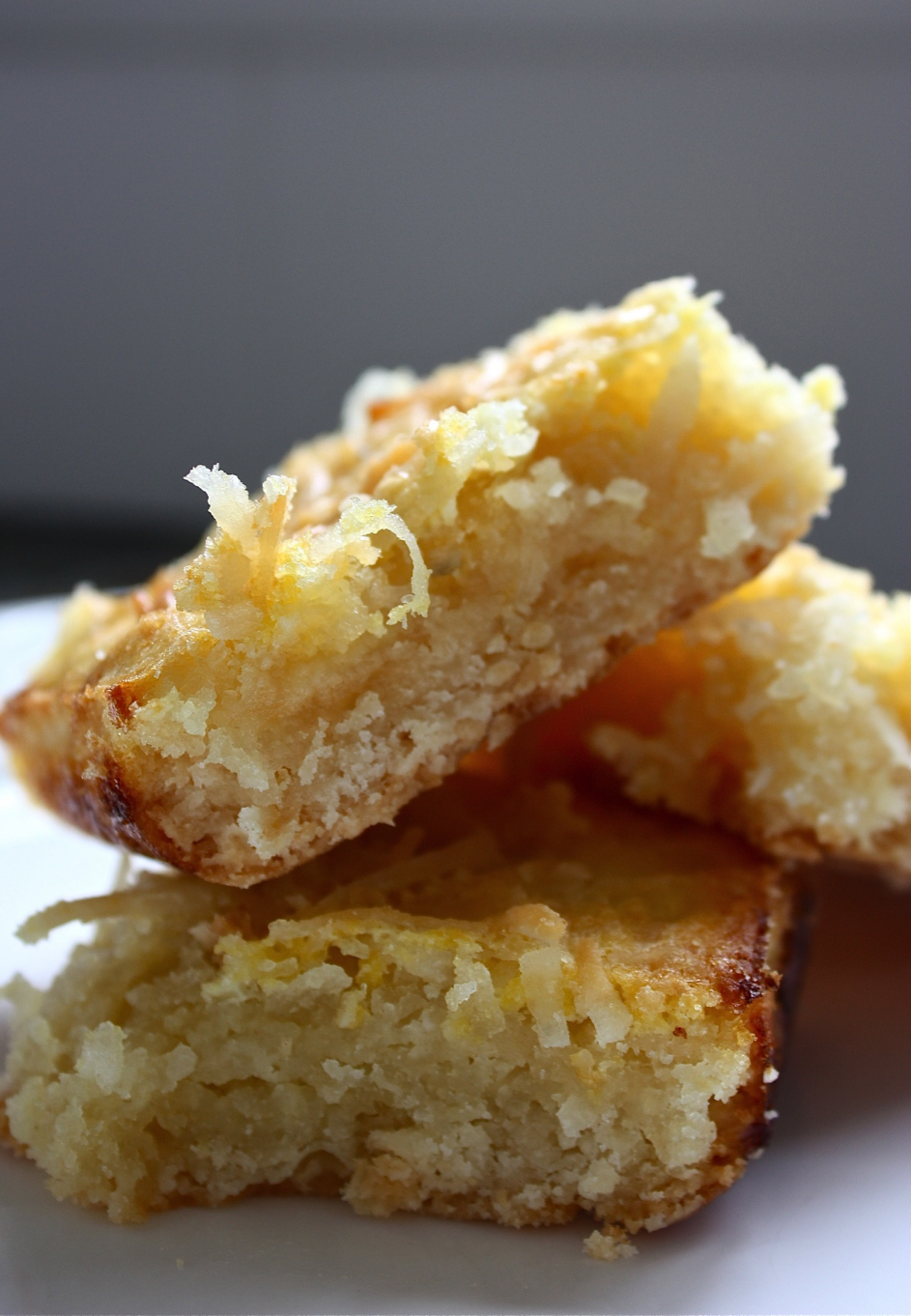 Hunt & Harvest Coconut Meyer Lemon Bars