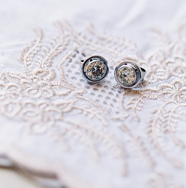 Something Sentimental | These Beautiful Diamond Studs Belonged To The Brides Great Grandmother. How Sweet! Including A Heirloom As A Part Of Your Wedding Makes The Details So Much More Special... Photographer: @iamlatreuo_photo Film Processing: @goodmanfilmlab Venue: @balboabayresort Wedding Planner & Design: @eventsbyrobin Videographer: @ashleybeephoto Florals: @thepinkdaffodil Beauty| @vanitybelles Cake: @simplysweetcakery DJ: @voxdjs Day Of Signage: @darlamariedesigns Rentals: @bakerpartyrentals Dress: @casablancabridal  Tux: @friartux . . #joywed #mediumformat #ba #palmspringsweddingphotographer #ocweddingphotographer #weddingdress #weddingideas #weddinginspiration #fiancé #santaynezweddingphotographer  #fuji400h #bellelumieremagazine #sandiegoweddingphotographer #goodmanfilmlab #ishootfuji #vistaweddingphotographer #santabarbaraweddingphotographer #losangelesweddingphotographer #orangecountyweddingphotographer