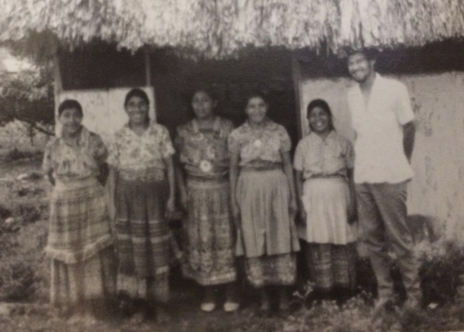 Dr. Elden Lopez, Together with the midwives of the community in the year 1978.