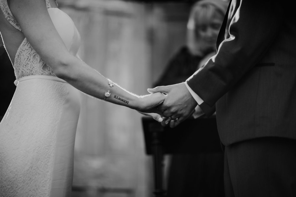 caroline and taylor minneapolis minnesota texas austin dallas houston wedding elopement destination intimate adventurous couple best photographer_0239.jpg