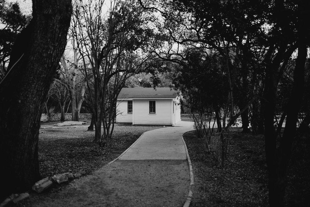 drew-andrew-texas-austin-minnesota-minneapolis-wedding-photographer-destination-elopement-intimate-adventurous_0136.jpg