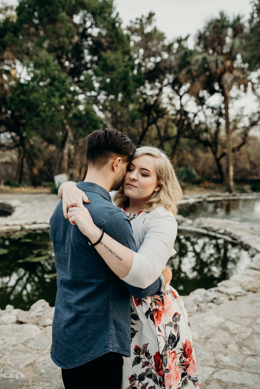 drew-andrew-texas-austin-minnesota-minneapolis-wedding-photographer-destination-elopement-intimate-adventurous_0141.jpg