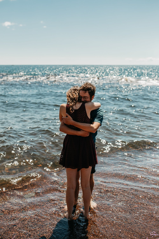 mandy-aaron-austin-minnesota-minneapolis-wedding-photographer-destination-elopement-intimate-adventurous_0014.jpg