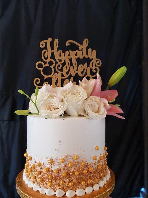 Custom Cakes Wedding SWEET HUT BAKERY CAFE