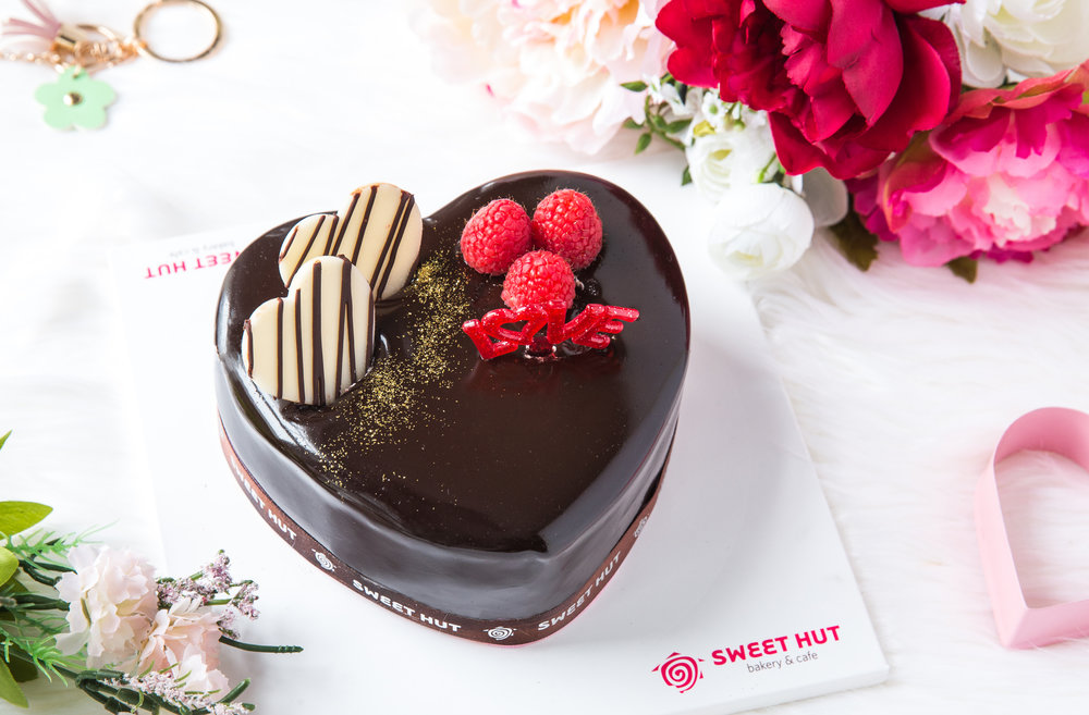 SH Valentine's Day Cakes-1_edit.jpg