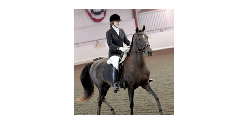 Dressage team Alyssa Pedersen and 21 year old mare Tony Fennelly won hi point Jr. Exhibitor at Jubilee! Congratulations!