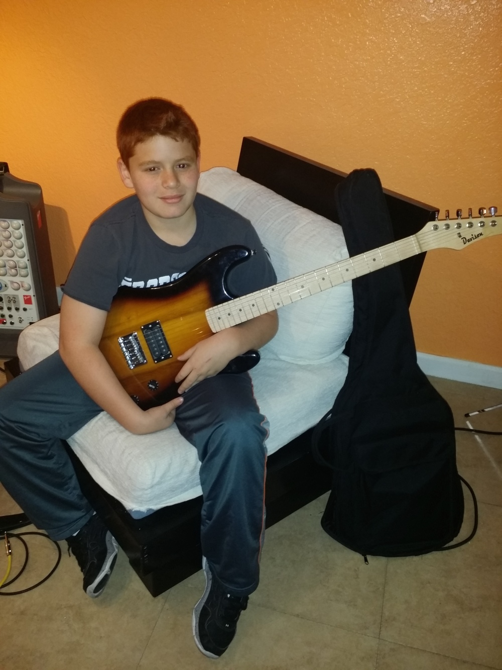 """""""Richis the best guitar teacher I have known. Lessons are a lot of fun and I am learning fast!"""" Renzo Z."""
