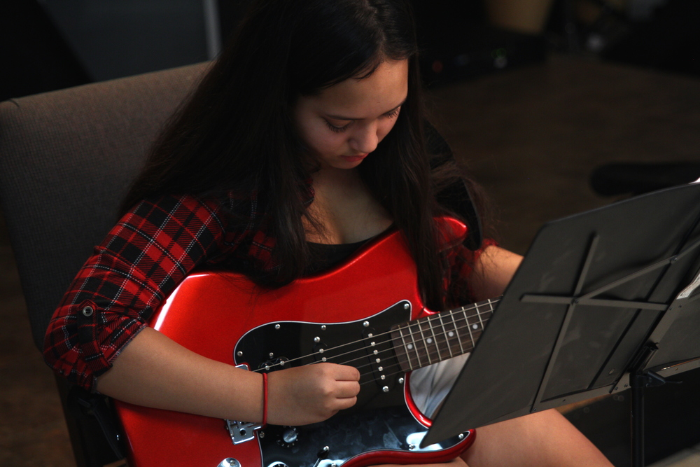 """""""Learning the guitar has been a TON of fun. It helps me really escape from school work and gives me something challenging to do. I love Nirvana and Rich started showing me some of their songs and I'm actually playing them."""" Jen T."""