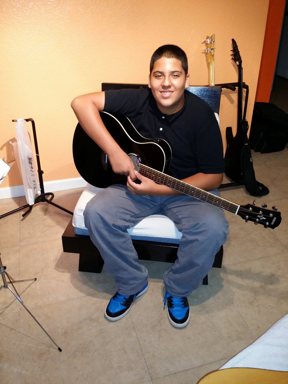 Teen Guitar Lessons In Miami
