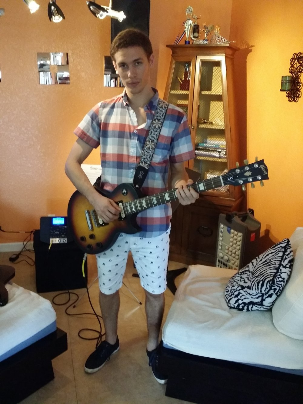 Rock Guitar Lessons In Kendall