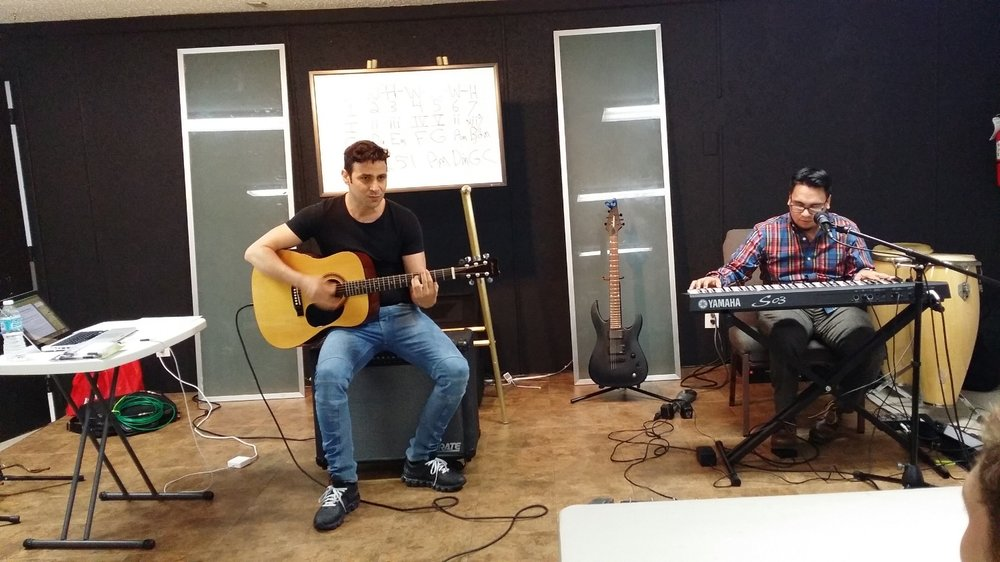 """""""Richard has helped me develop my songwriting and improvisation techniques. Before I found him, I would struggle to create my own riffs and melodies. Now I have no trouble being creative with my music."""" Nassiry L."""