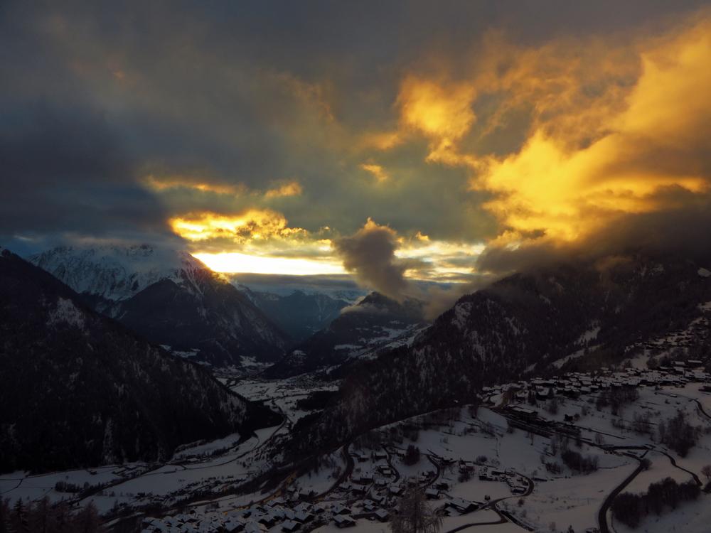 the valley.jpg