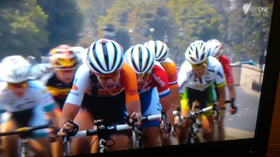 Last 2km of race, 1,2,3 and 4 Team Rabobank. Things are getting hairy!