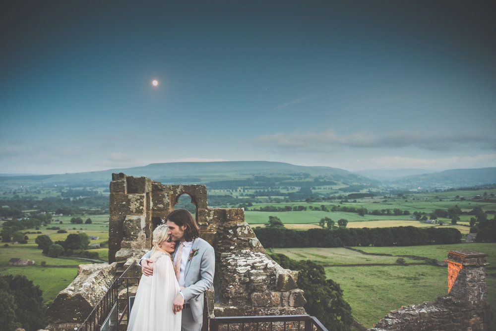 Yorkshire wedding photography - Bolton Castle - Victoria and Gav