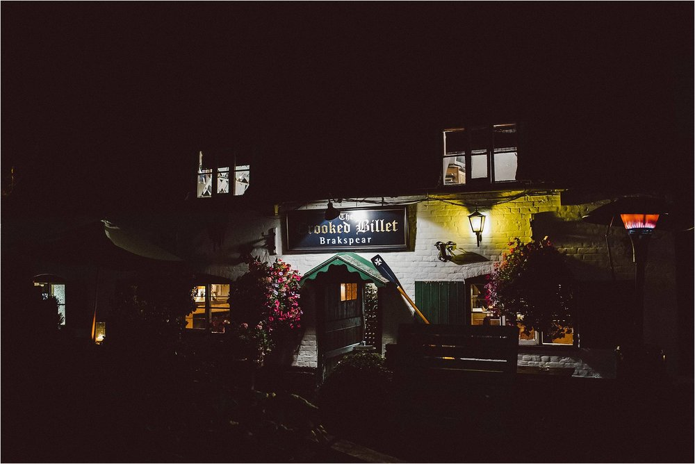The Crooked Billet Pub Oxfordshire Wedding Photography_0142.jpg