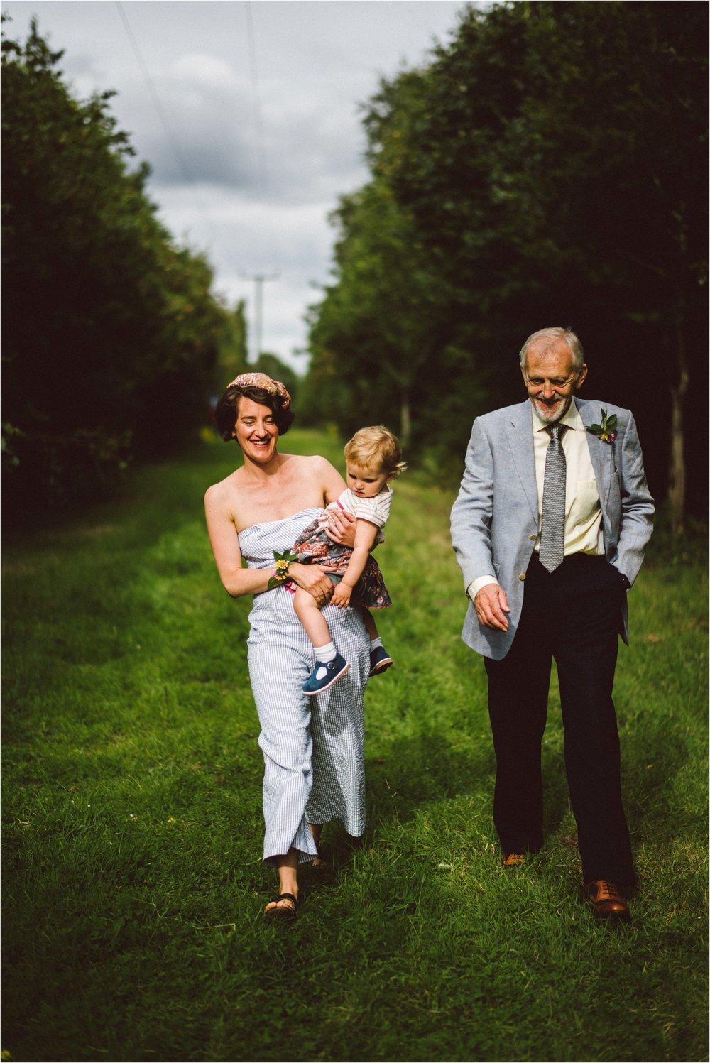 Gloucestershire outdoor wedding photographer_0057.jpg