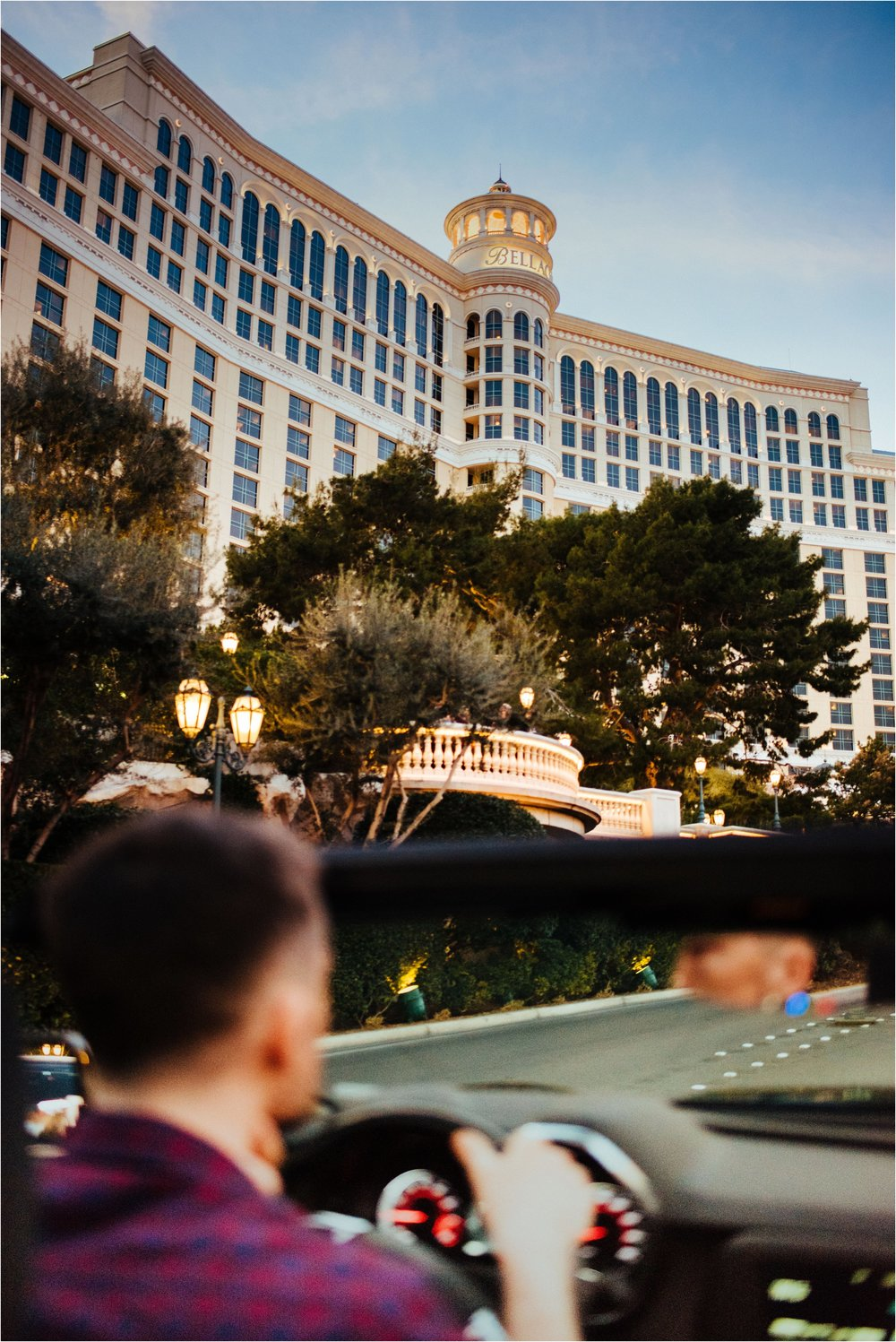 Vegas elopement destination wedding photographer_0057.jpg