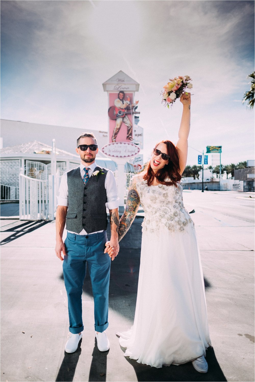 Vegas elopement destination wedding photographer_0100.jpg