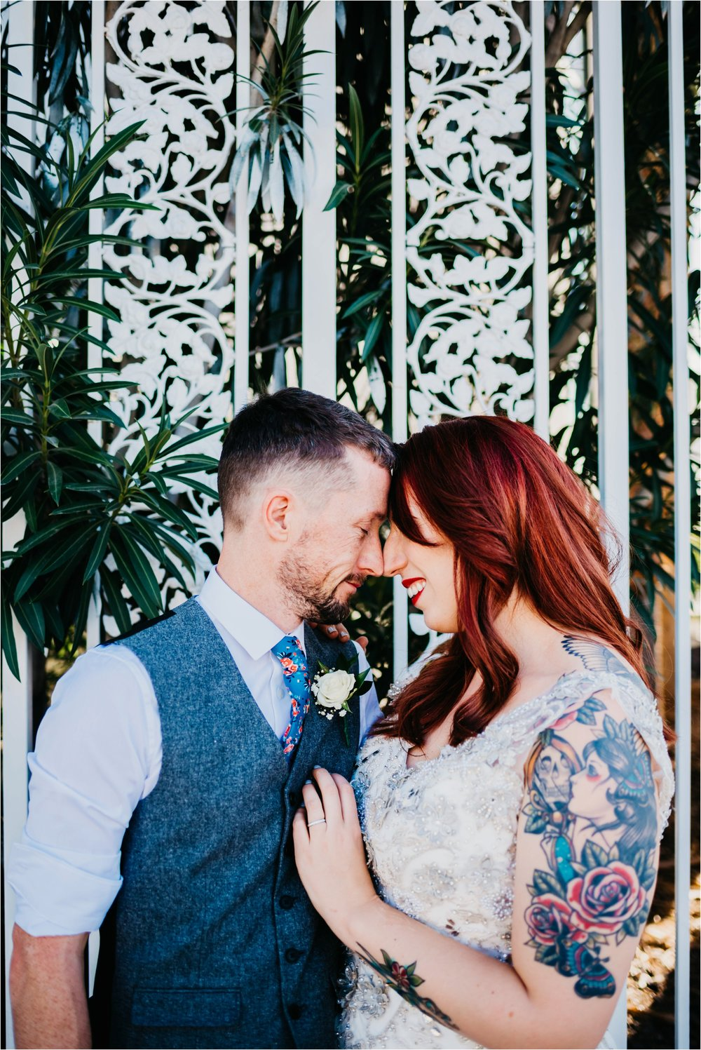 Vegas elopement destination wedding photographer_0125.jpg