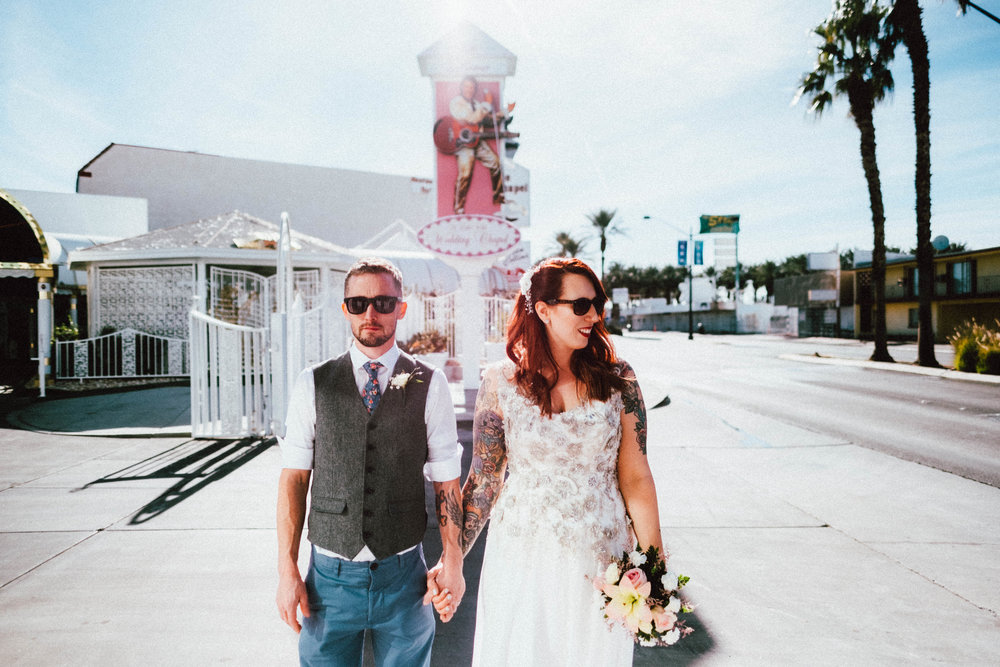 Las Vegas elopement wedding photography - Jen and Bryan