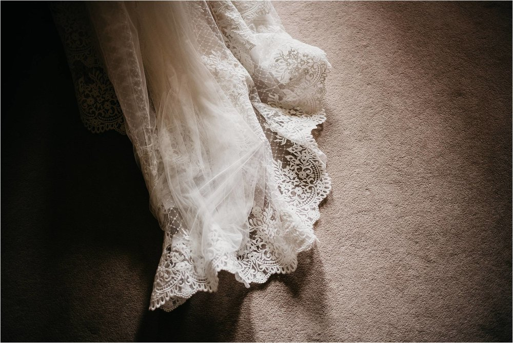 Elmore Court Wedding Photography_0046.jpg
