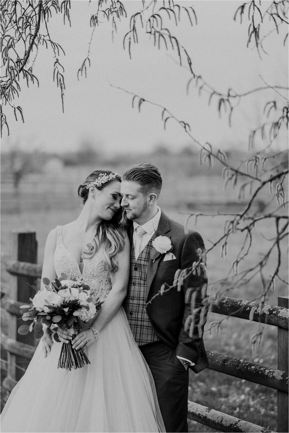Mythe Barn wedding photographer_0085.jpg