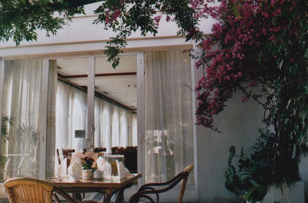 Gibraltar Rock Hotel restaurant