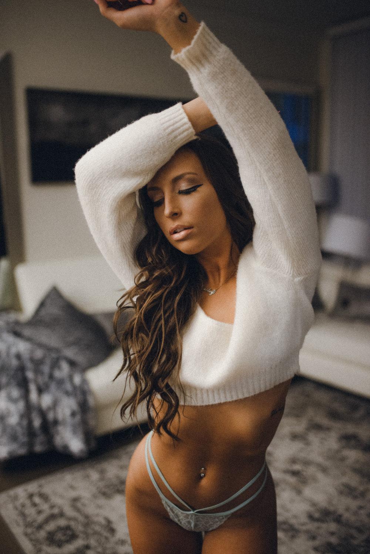 haileysweater8.jpg