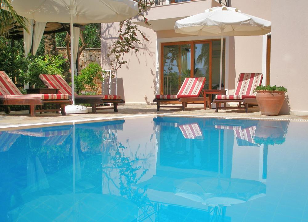 pool 2 2013.jpg