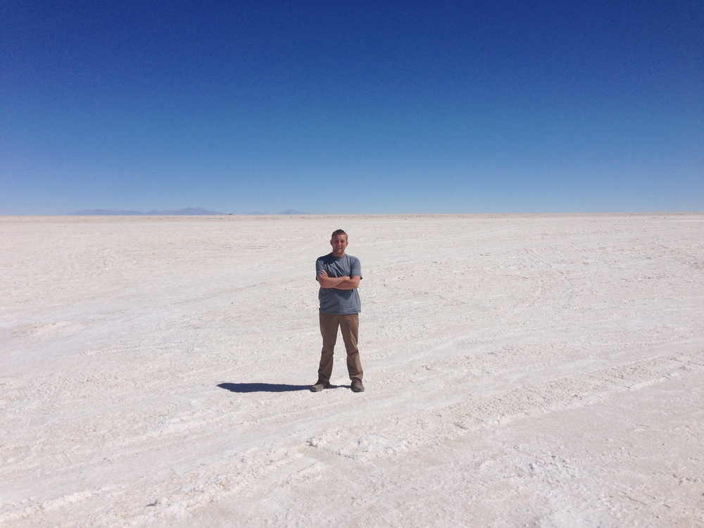 The place is called the Salar de Uyuni and it's pretty big. I'm not even in the middle now.
