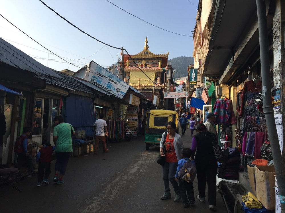 Downtown Mcleodganj. That's a Tibetan temple I the middle there.