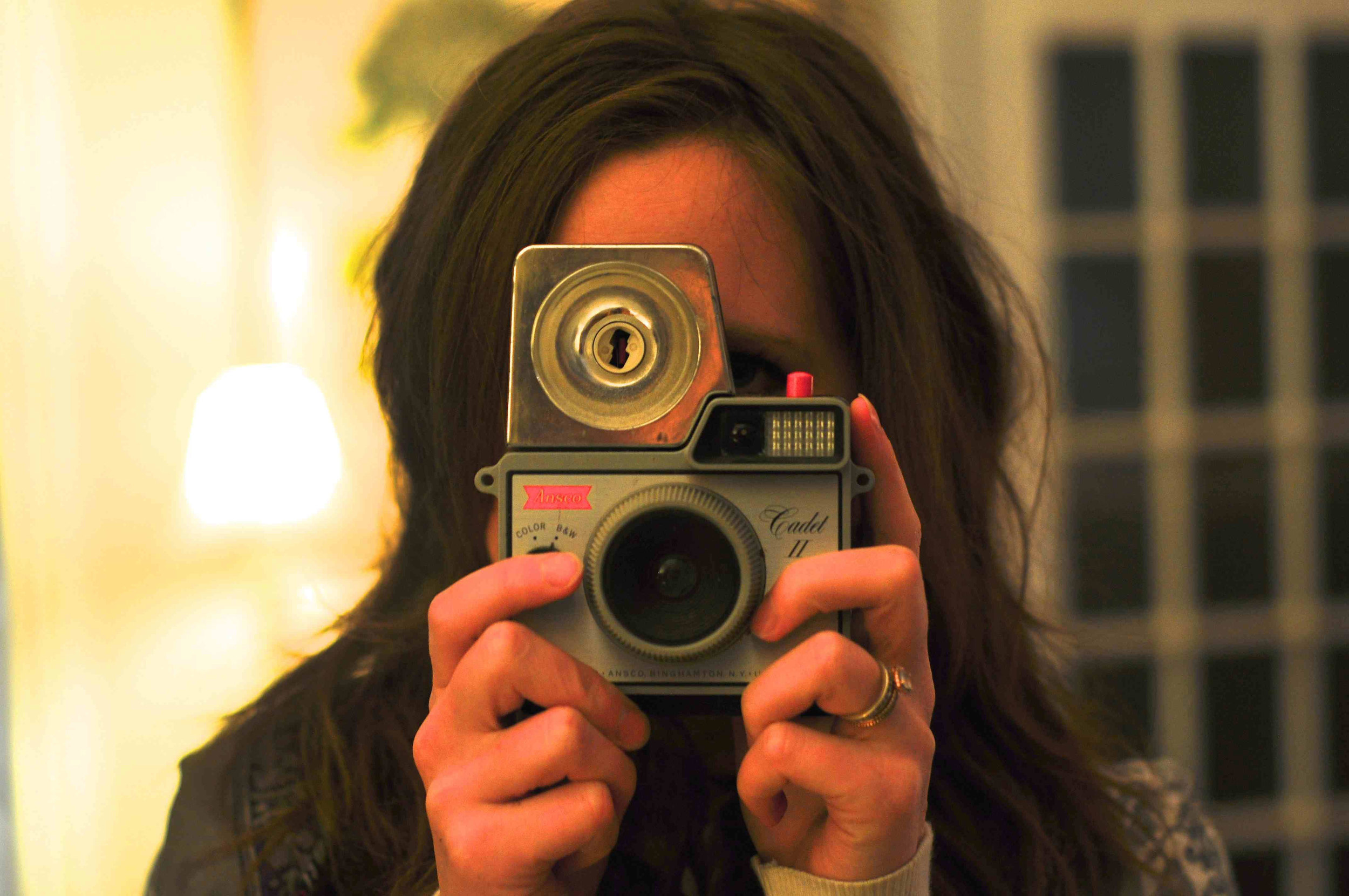 julie-camera