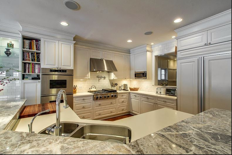 Amy Rantala kitchen island.JPG