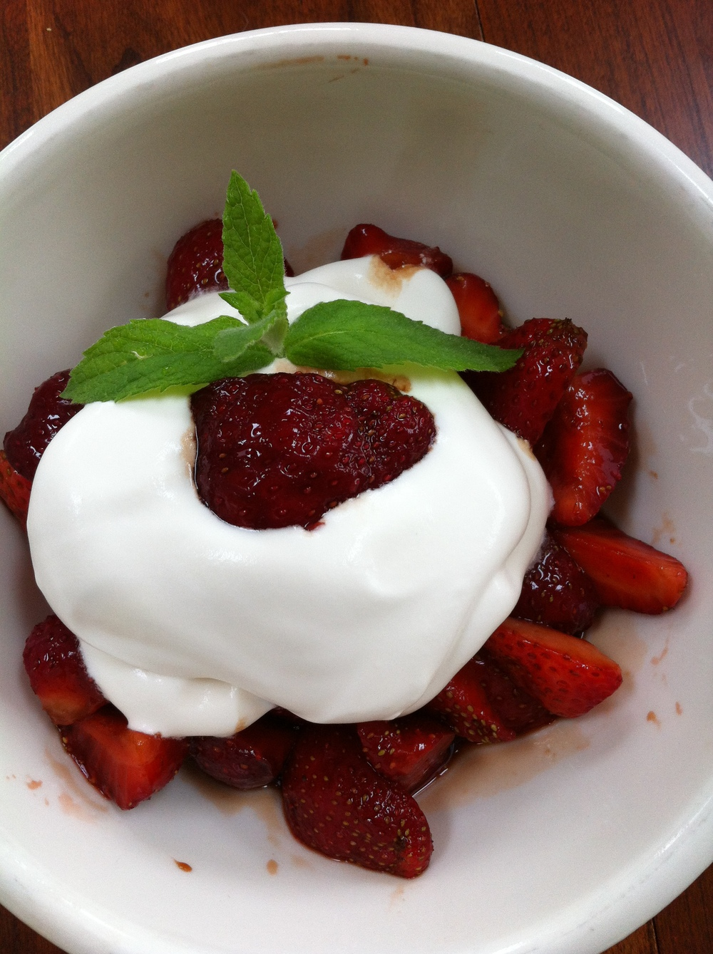 Balsamic Strawberries with  whipped cream