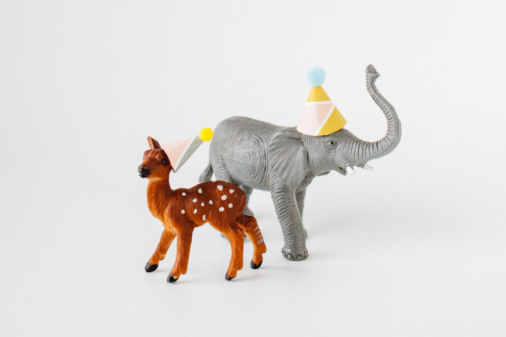 diy_toy_animal_party_hats-13.jpg