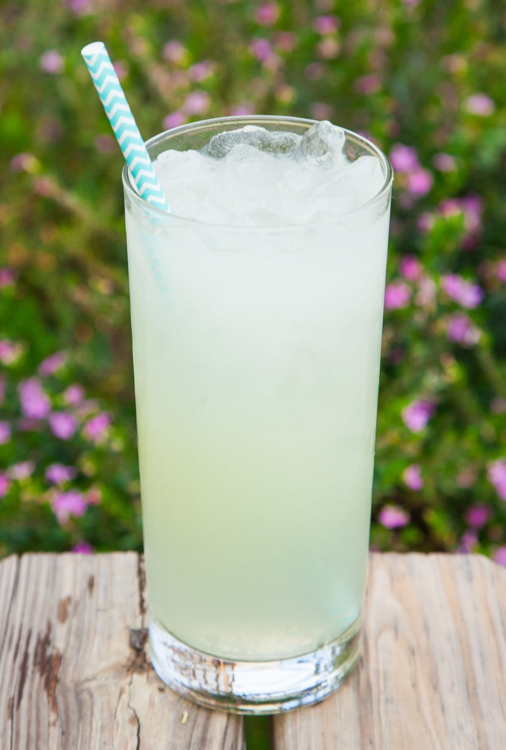 Classic Lemonadeor Limeade - A perfectly balanced old-fashioned lemonade or limeade. Made from fresh squeezed lemon juice, pure cane sugar, and filtered water.Tip: Add a fresh flavor to make it even more delicious.
