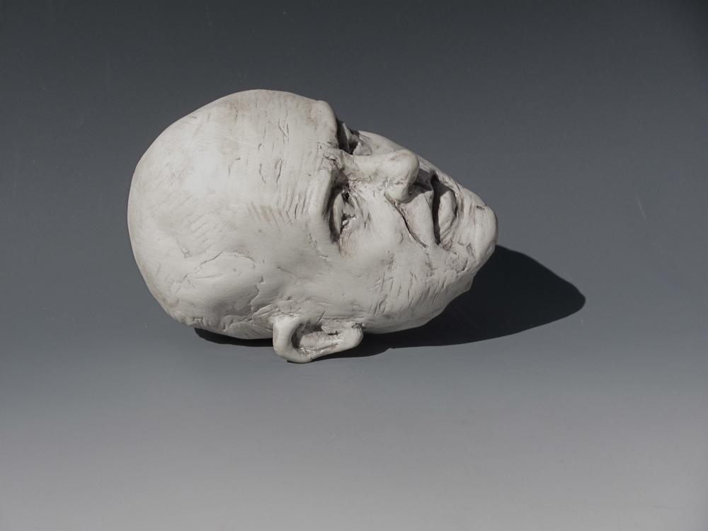 Lying Head
