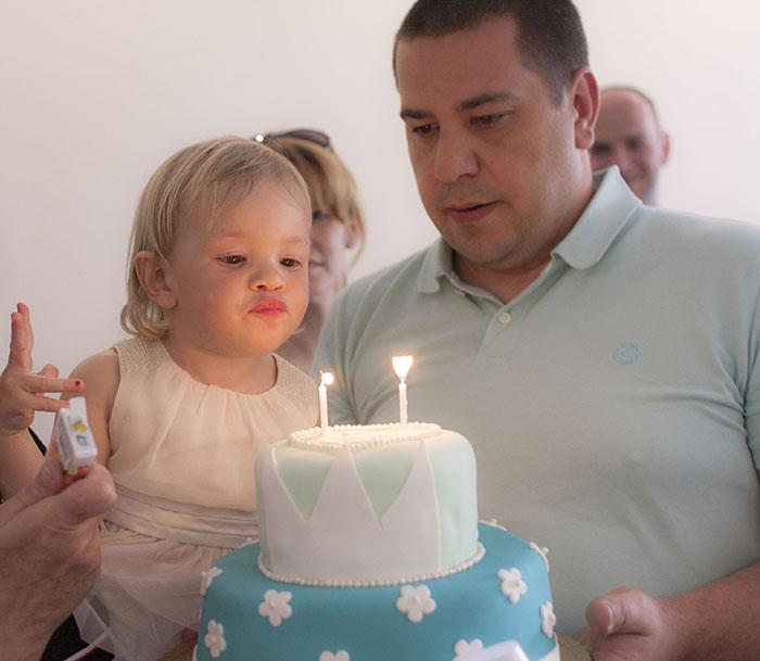 no i mój tort dla gości:)przyniesiony przez tatusia
