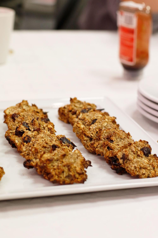 albo te - ciasteczka naturalne, na które przepis jest podany poniżej zdjęć.