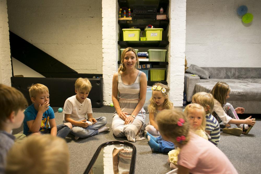 ciocia karolina wie... dzieci ją kochają :)