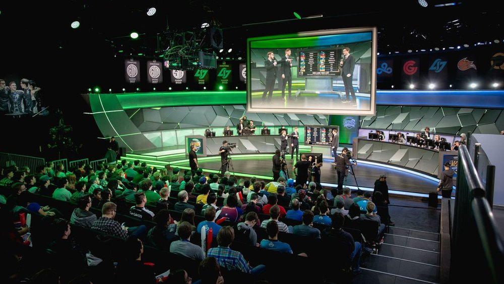 NA LCS Salaries - https://dotesports.com/league-of-legends/news/optic-romain-bigeard-na-lcs-player-salaries-21399