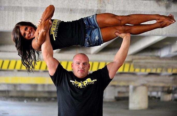Strongman Couple