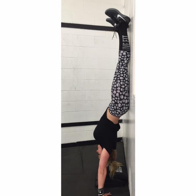 Farren Handstand