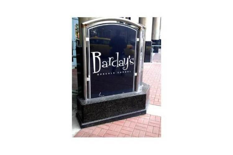 barclay-s-upscale-casual.jpg-300yb.jpg