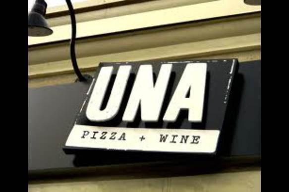 una-pizza.jpg-387yw.jpg