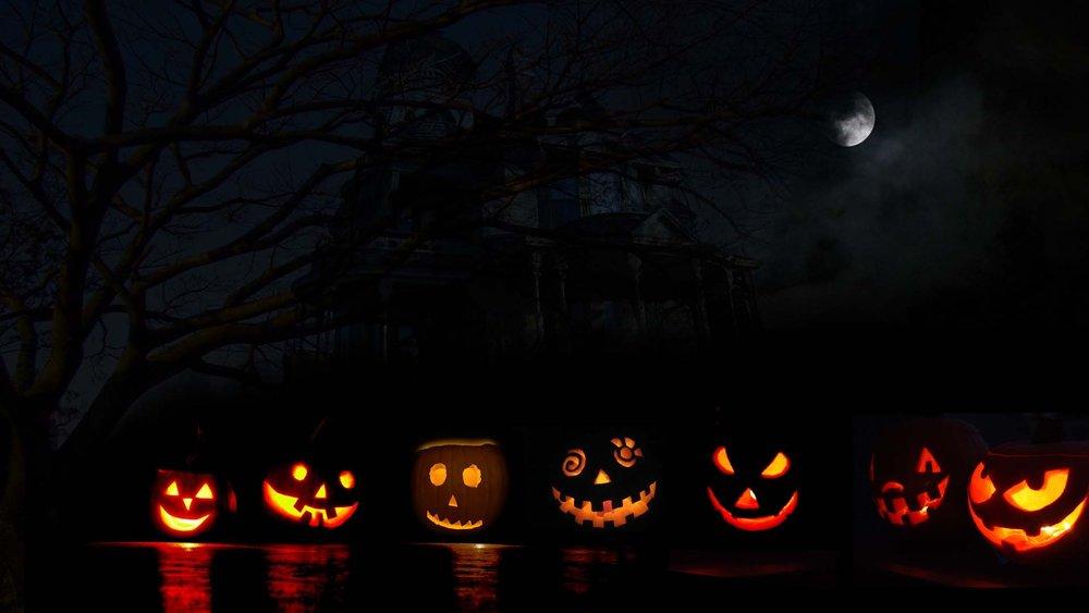 6988943-halloween-pumpkin-carving.jpg