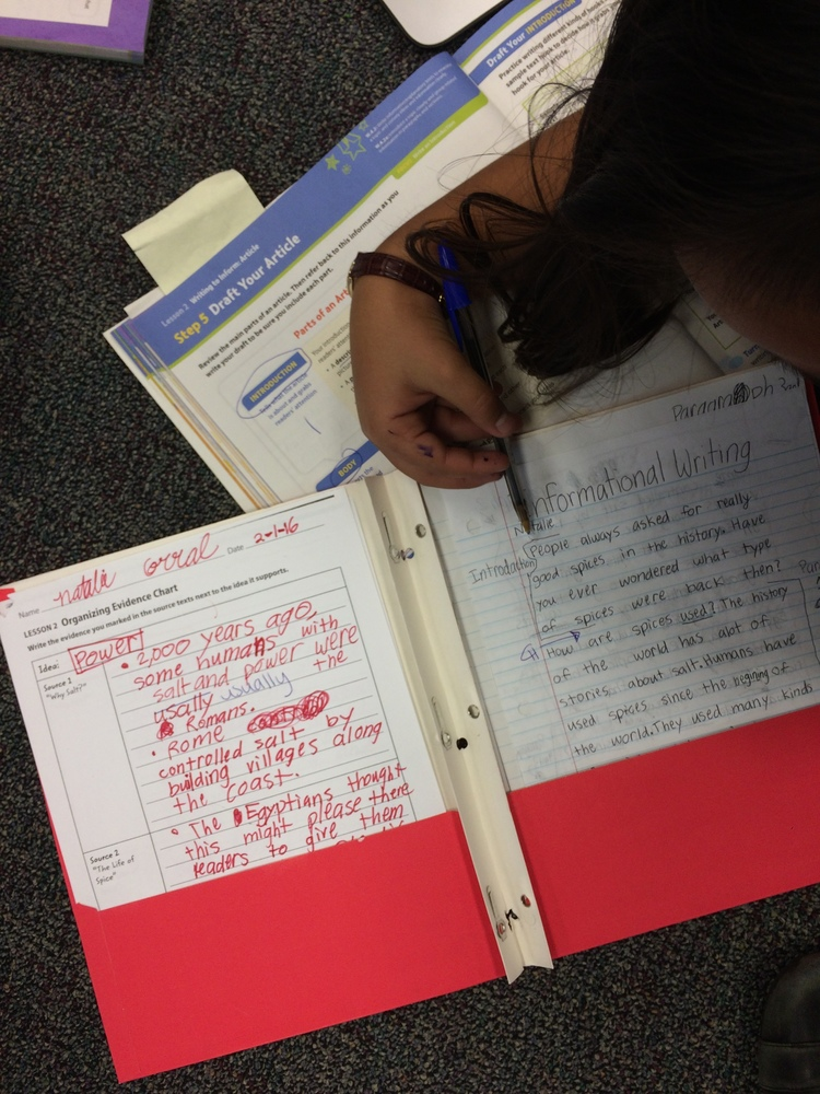 What should a 4th grader be able to write?
