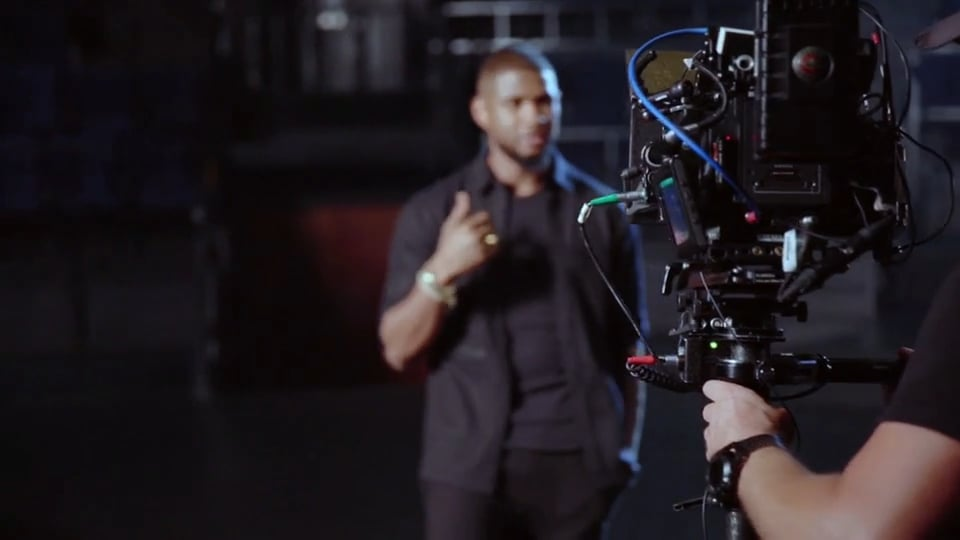 Usher Teaches the Art of Performance MasterClass