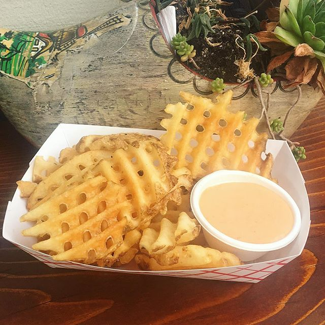 Now serving waffle fries at our SE location only! Try them with a side of our house made garlic sriracha aioli. Both locations open until 9pm tonight #new #wafflefries #smaaken . . . . . . #waffle #smaaken #wafflesandwich #dutch #dutchwaffle #foodporn #eaterportland #seportland #pdx #eeeeeats #instagram #pdxfoodcarts #foodcarts #pdxfood #bareaders #sweet #savory #localingredients #locallyowned #eatlocal #ww #willametteweek #tasty #vegan #glutenfree